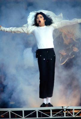 Michael Jackson: 1958 - 2009 CCTV-International