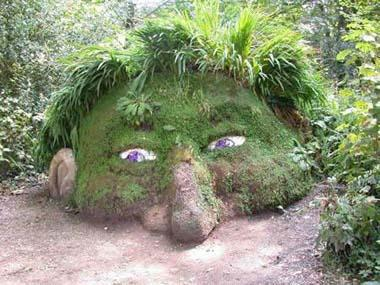 This Strange Grass Sculpture Seems Like A Manu0027s Half Face And Is Located In  A Garden In Cornwall County In England. Maybe The Little