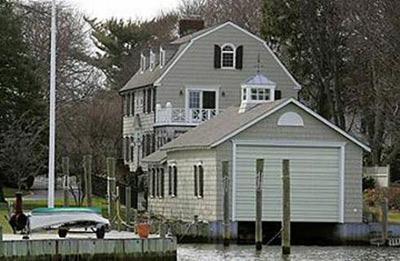 Long Island Ocean Avenue Haunted House